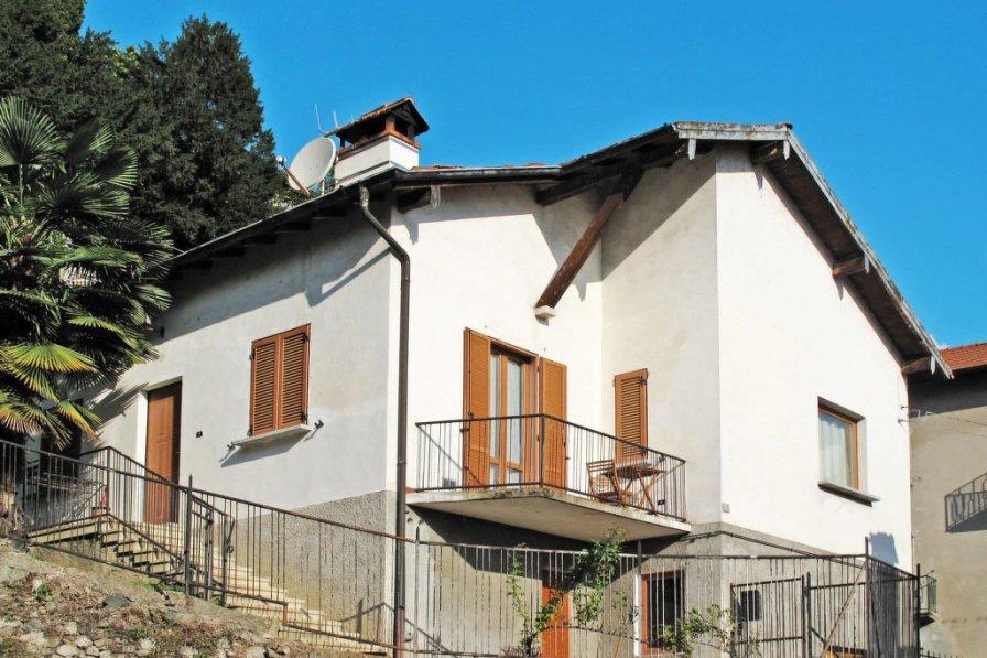 Villa in Italy, Dongo