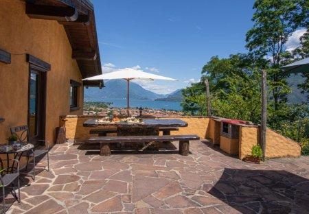 Villa in Dongo, Italy