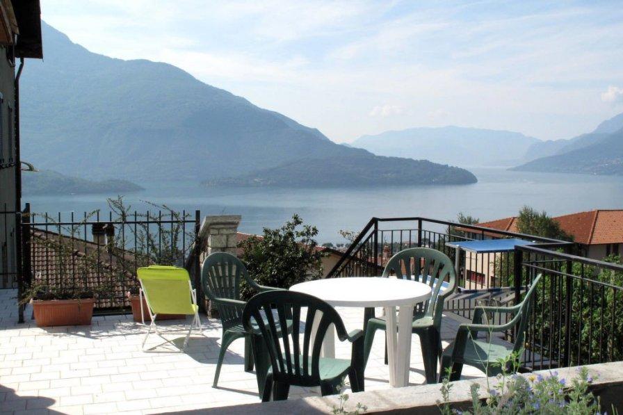 Villa in Italy, Vercana