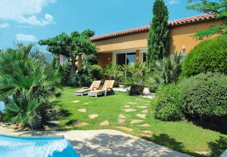 Villa in Garéoult, the South of France