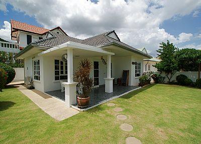 Villa in Thailand, Hua Hin: Greenacres Villa