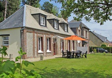 House in Sassetot-le-Mauconduit, France