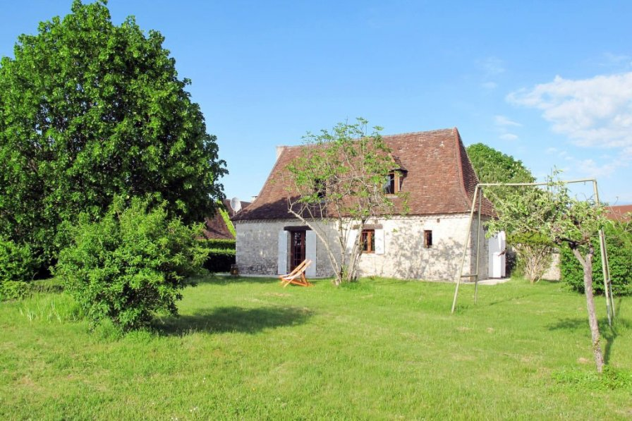 House in France, Ajat