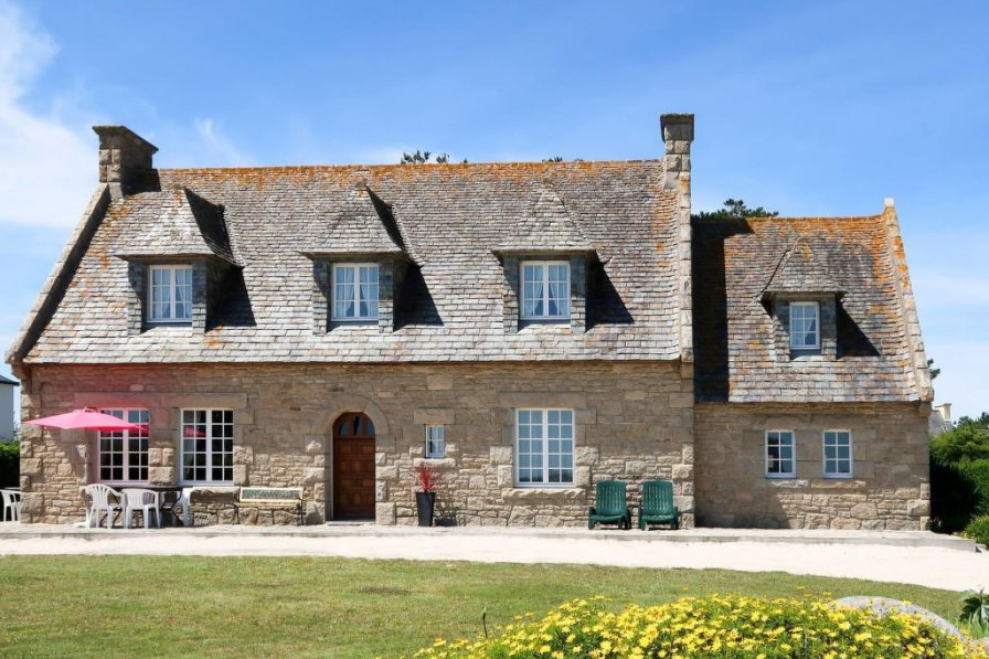 House in France, Cléder