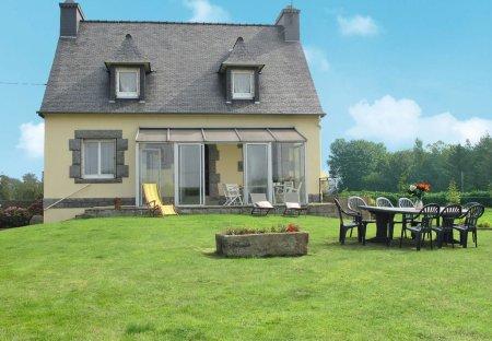 Villa in Kermaria-Sulard, France