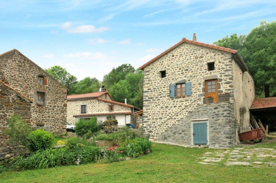 House in France, Blesle