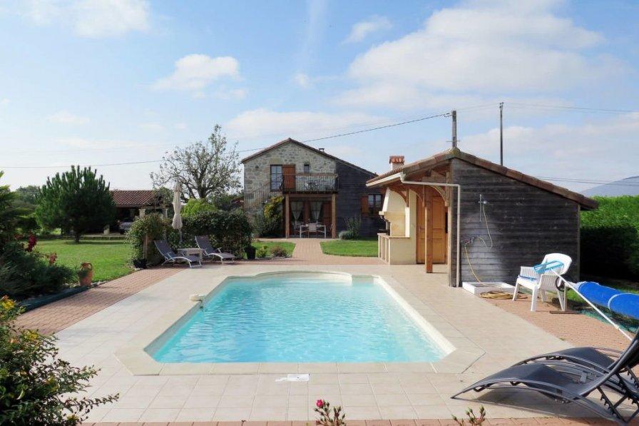 Villa in France, Madaillan