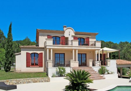 House in Seillans, the South of France