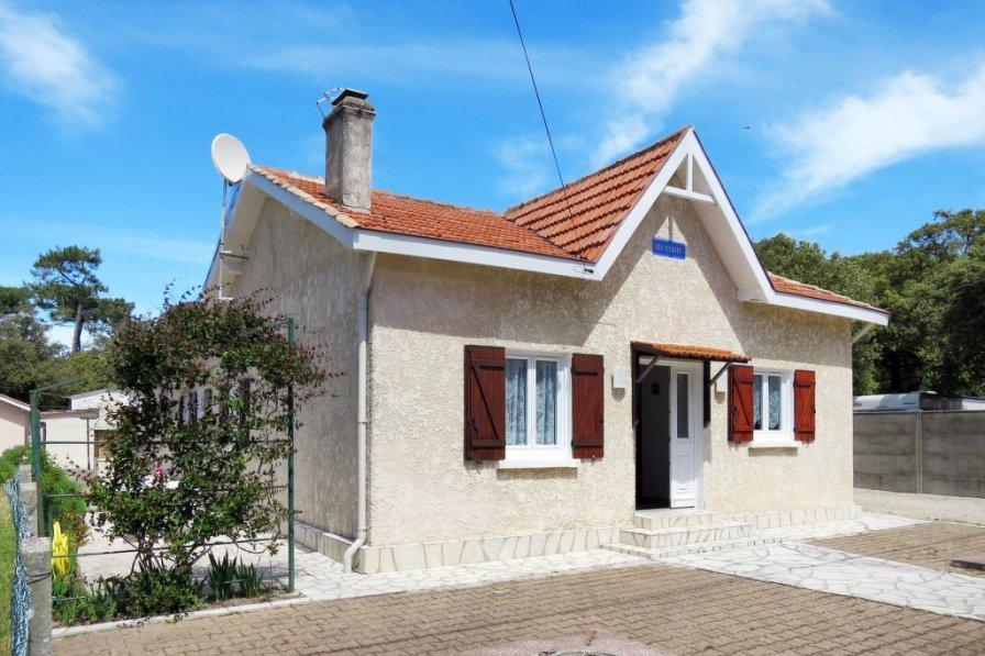House in France, Le Verdon-sur-Mer