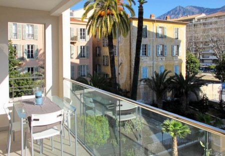 Apartment in Bioves-Casino, the South of France