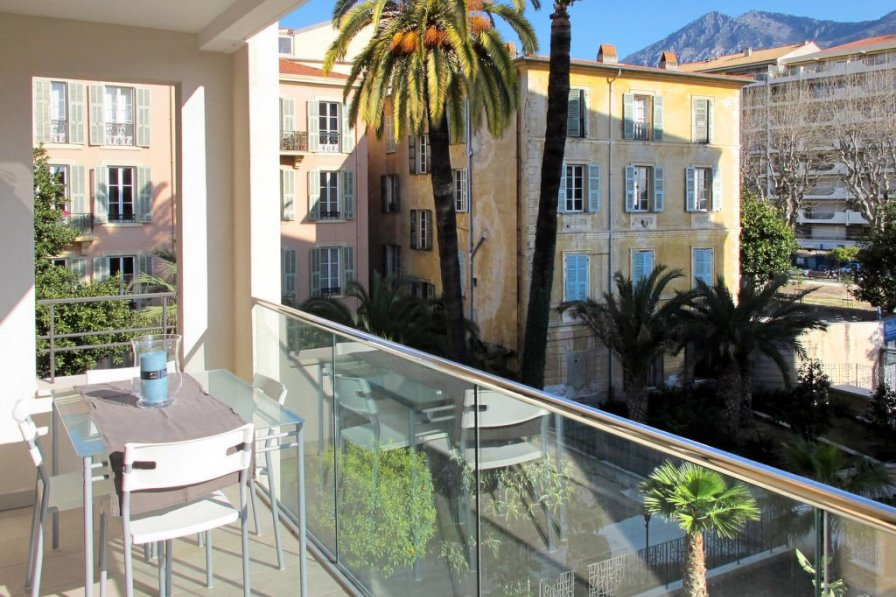 Apartment in France, Bioves-Casino