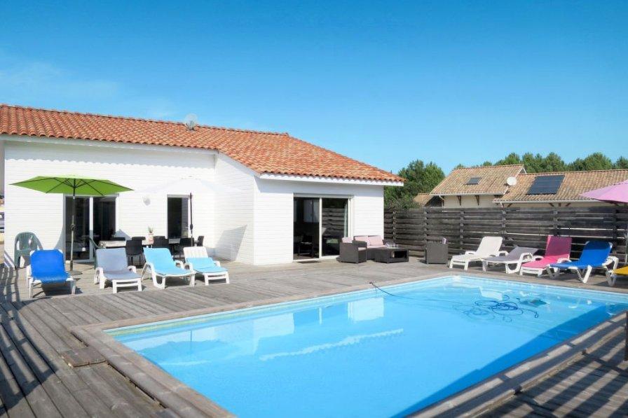 Villa in France, Vensac