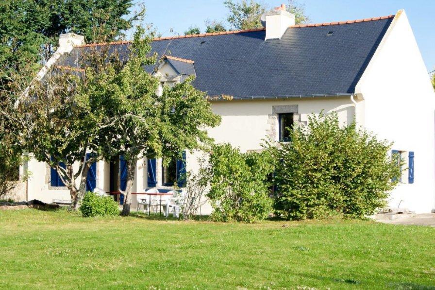 House in France, Névez