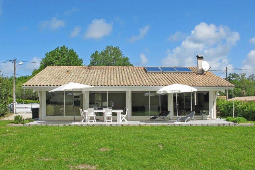 House in France, Grayan-et-l'Hôpital