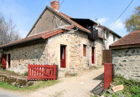 House in Chiddes, France