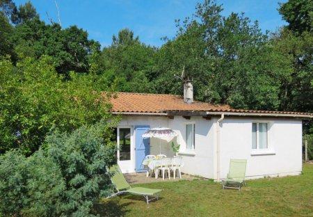House in Le Verdon-sur-Mer, France