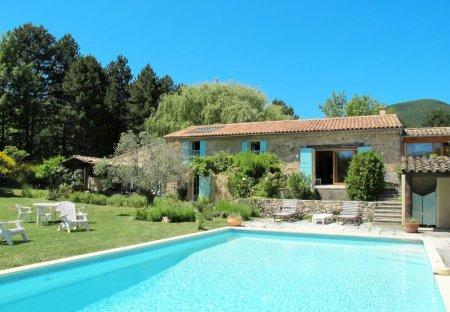 Cottage in Dieulefit, France