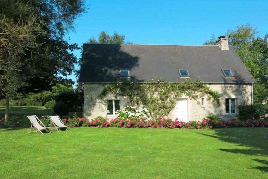 House in France, Audouville-la-Hubert