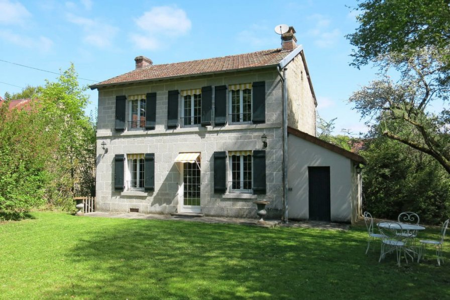 House in France, Sardent