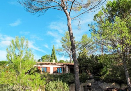 House in Vins-sur-Caramy, the South of France
