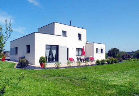House in Trévou-Tréguignec, France
