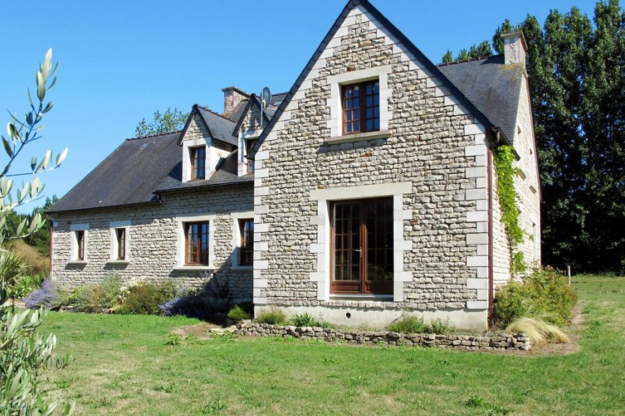 House in France, Commes