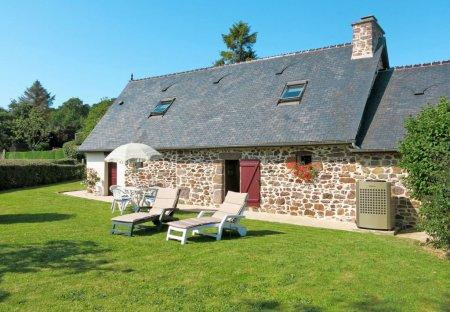 House in Sourdeval-les-Bois, France