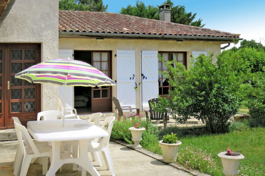 House in France, Gaillan-en-Médoc