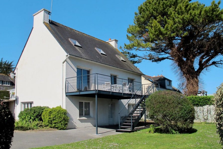House in France, Locquirec