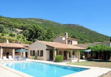 House in Le Plan-de-la-Tour, the South of France