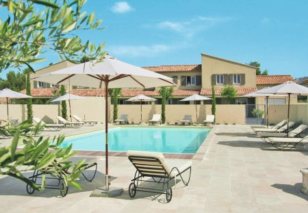 Villa in Aureille, the South of France