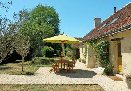 Villa in Monteaux, France