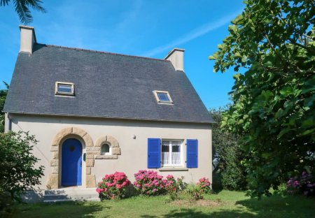 House in Telgruc-sur-Mer, France