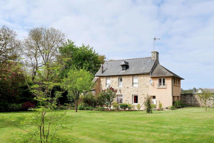 House in France, Tréguier