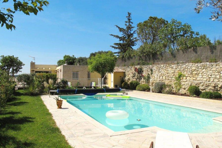 House in France, Saint-Cannat