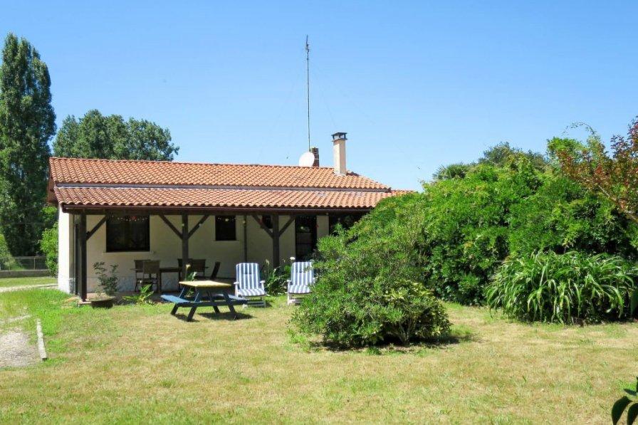 House in France, Saint-Vivien-de-Médoc
