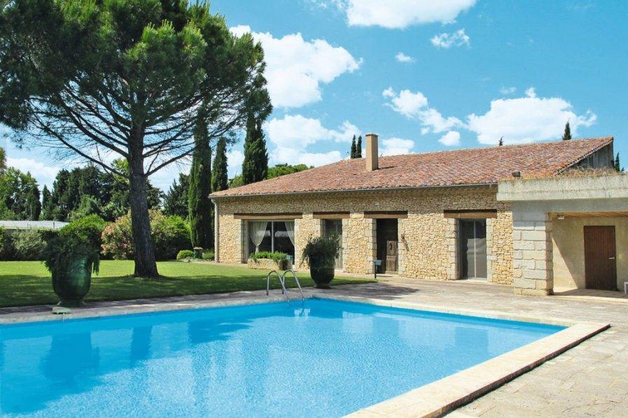 House in France, Rognonas