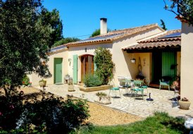 Villa in Pont de Crau, the South of France