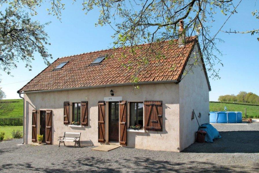 House in France, Ternant