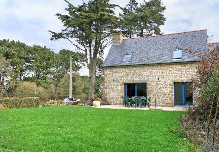 Villa in Trégastel, France