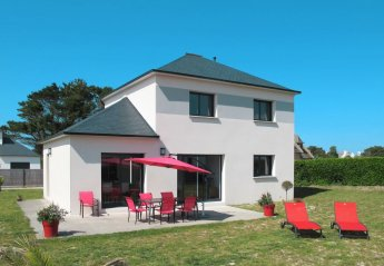 4 bedroom House for rent in Roscoff