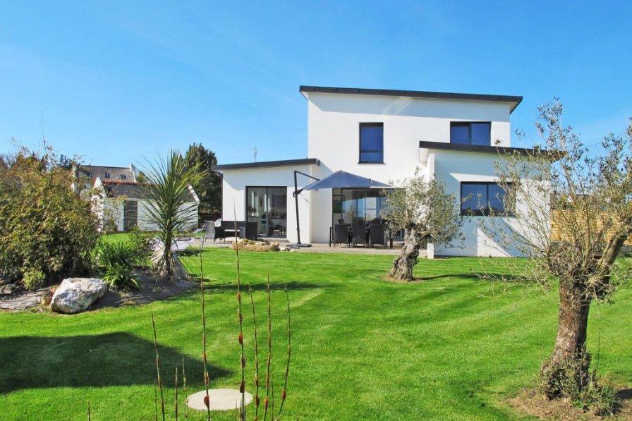 House in France, Plougasnou
