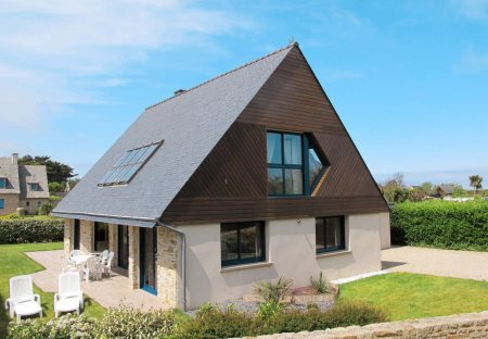 House in Santec, France