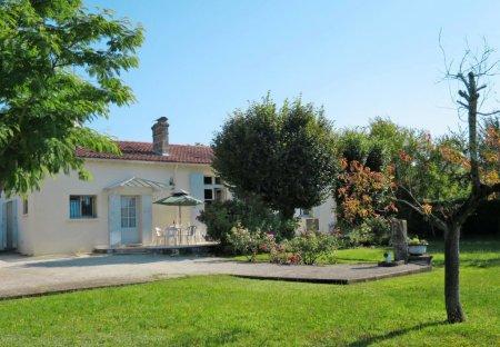 House in Castelnau-de-Médoc, France
