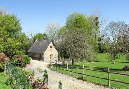 House in Hudimesnil, France