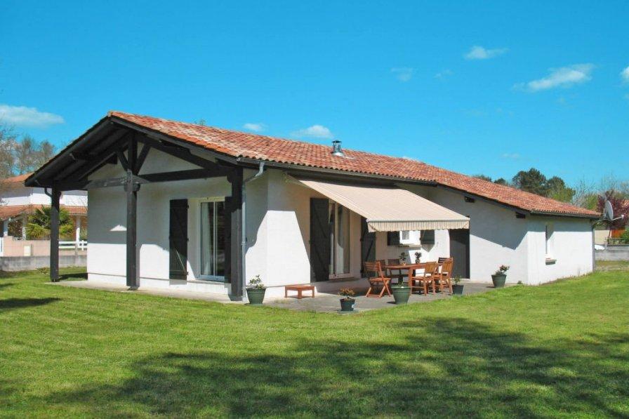House in France, Mézos