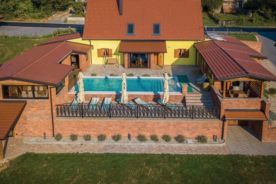 Villa in Croatia, Repušnica