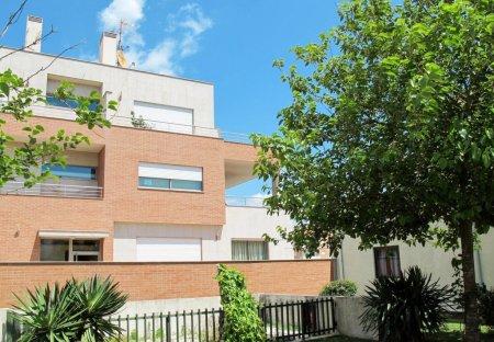Apartment in Marinhas, Portugal