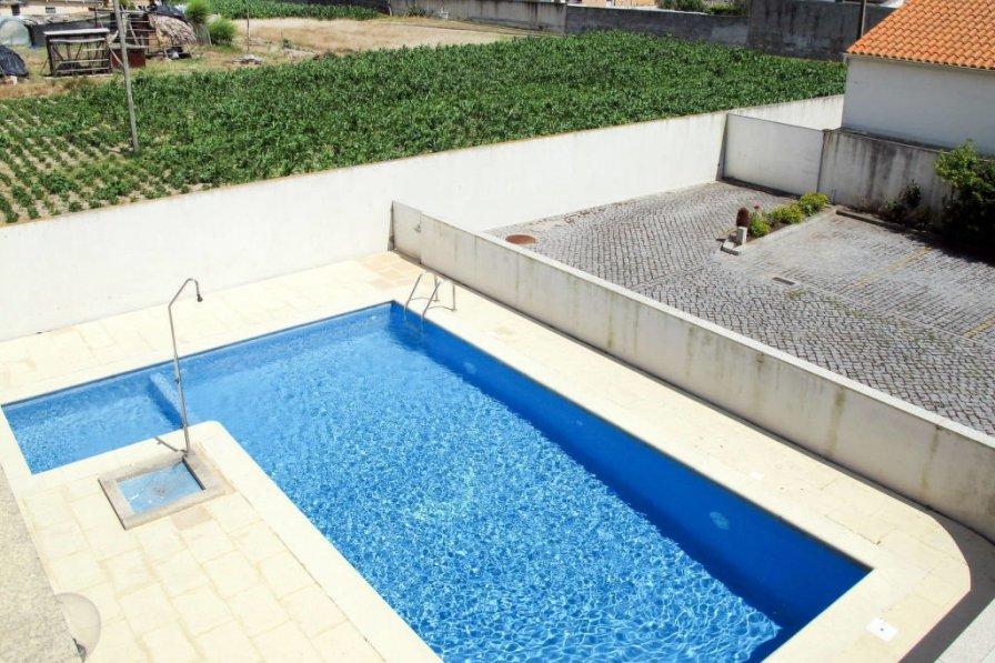 Ferienwohnung mit Pool (ESP187)