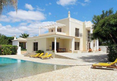 Villa in Olhăo, Algarve